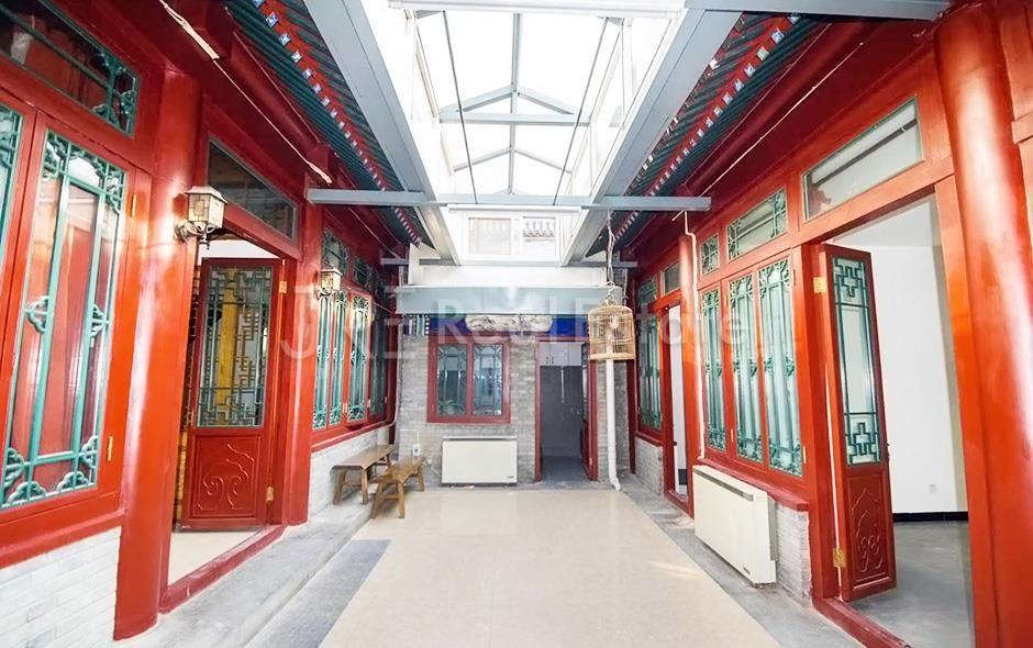 Dongcheng Courtyard,4Br. 150sqm RMB45000